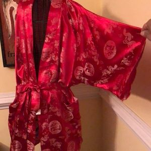 Vintage robe/kimono with pockets and belt
